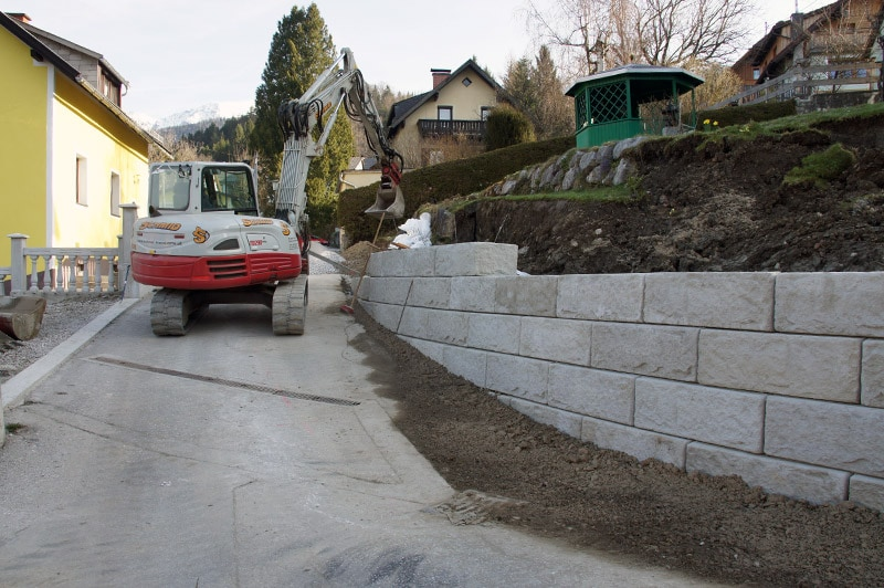 Referenzen | 3 gestaltung natursteinmauer beton windischgarsten