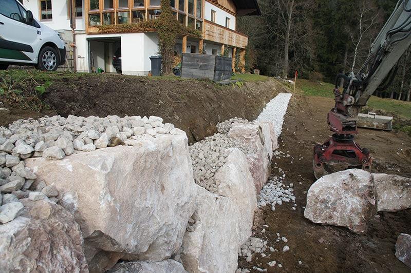Referenzen | 4 gestaltung natursteinmauer abgrenzung grundstueck ardning